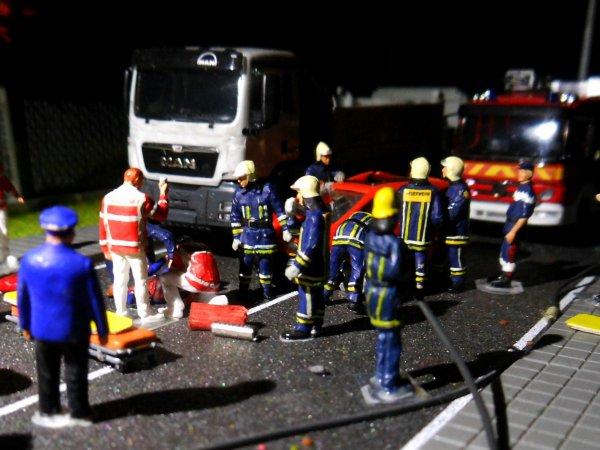 Un gendarme fauché pendant un contrôle routier 1/2