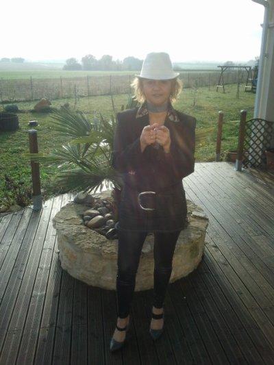 2011 LYDIA MARRAINE DU TELETHON POUR LA CHARENTE MARITIME