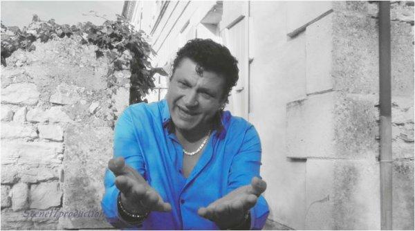 """TOURNAGE DU CLIP DE L' ARTISTE DAVID CASADO POUR LE TITRE """"ELLE"""" A DECOUVRIR TRES PROCHAINEMENT.SCENE17PRODUCTION Lydia réalisatrice / cadreuse . benjamin assistant réalisateur .Sandra pilote drone"""