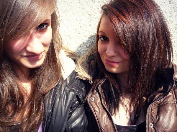 > Clara & Amelyne ♥ < ©