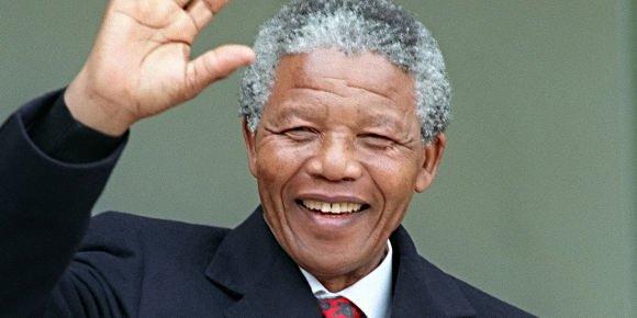VÉRITABLE  HOMME  DE  FOI  ET  DE  PAIX........NELSON  MANDELA  S 'EST  ÉTEINT  CE  JOUR.