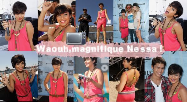 """Le 05/08/2011. Vanessa a été au """"Walk the Walk"""" (qui est une compétitionde mode,et Nessa été Juge) + Une vidéo + Un nouveau Candie's + 3 nouvelles images !"""