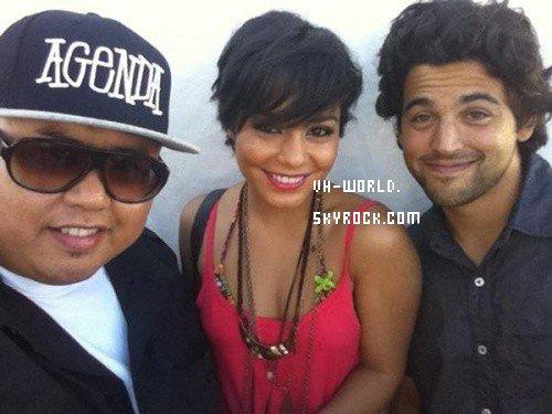 Cinq nouvelles photos personnels de Vanessa + Une Vidéo :)