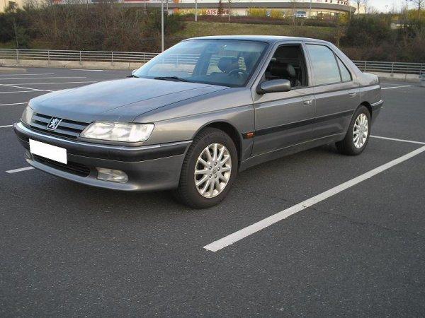 LA PEUGEOT 605 V6