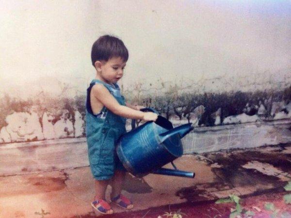 Moi quand j'était tout petit ;) xD