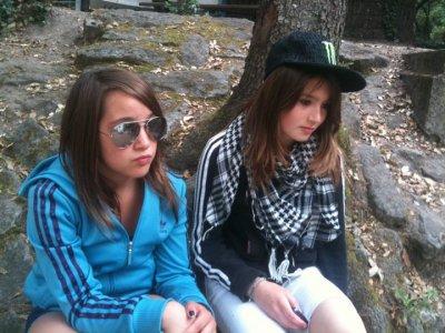 Une meilleure amie, c'est une soeur que la vie a oublié de vous donner.. ♥