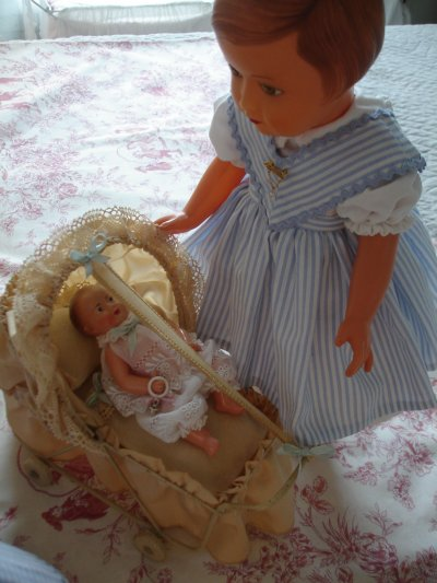 Les francoises gardent bébé Paul