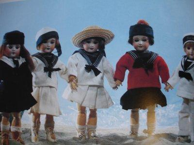 Les costumes originaux!