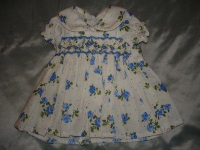 Une robe bleue...ou...bleue !!