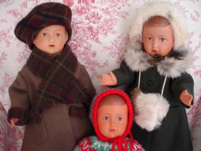 L'essayage des manteaux pour les Françoises...
