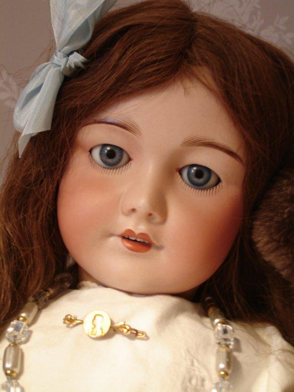 Ours et poupées...