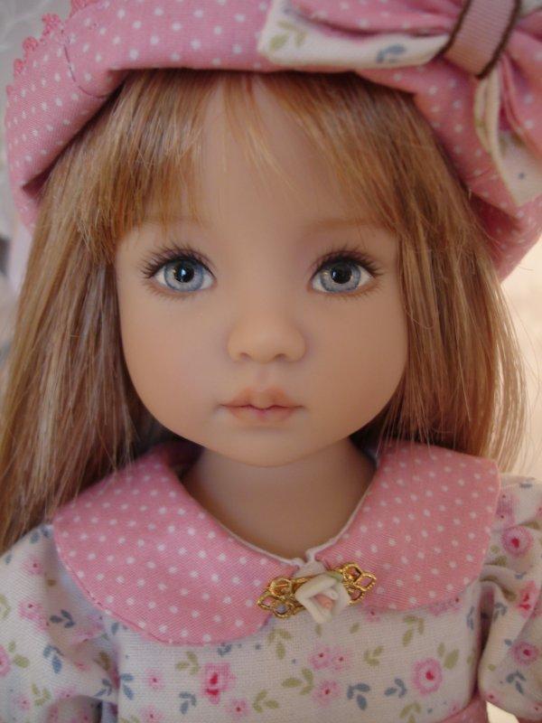 T'as de beaux yeux, tu sais ?!...