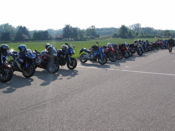 Balade du 24 Juin avec la moto école Courtial