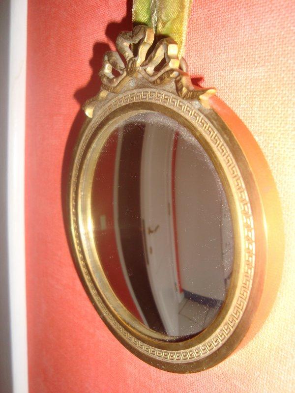 tr s rare petit miroir soleil en bronze 39 1950 design oeil de sorci re bomb sunburst d jixc. Black Bedroom Furniture Sets. Home Design Ideas