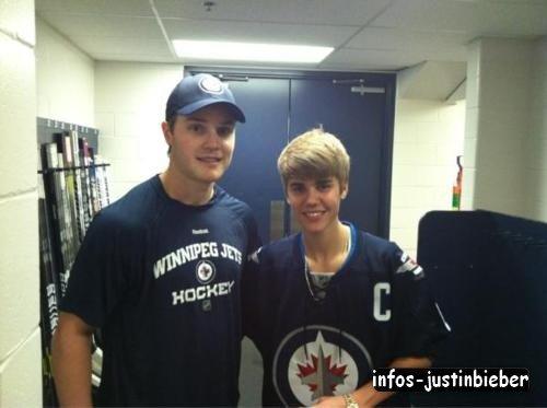 Jelena au match de hockey sur glace des Jets de Winnipeg