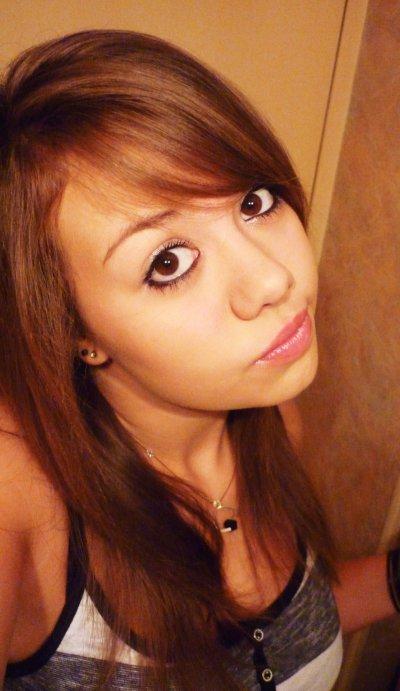.  Elise, 16 ans, 21 juin, (78), Diam's <3. .