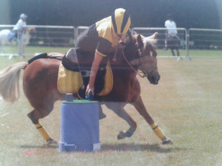 Championnat de France 2012 / Pony Games Junior 1 Crazy Bees Imprévue ( photo a venir )