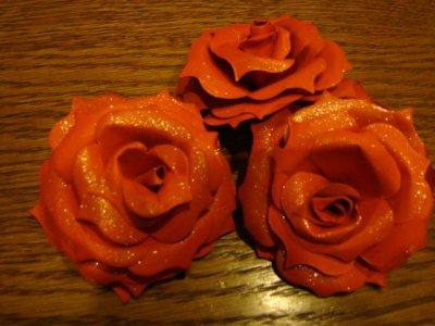 quelque jolies roses faites avec le dies fleurs du bonheur de stampin up