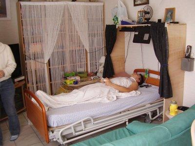 meuble fait maison pour personne alite suite a un accident de voiture le fils dun ami