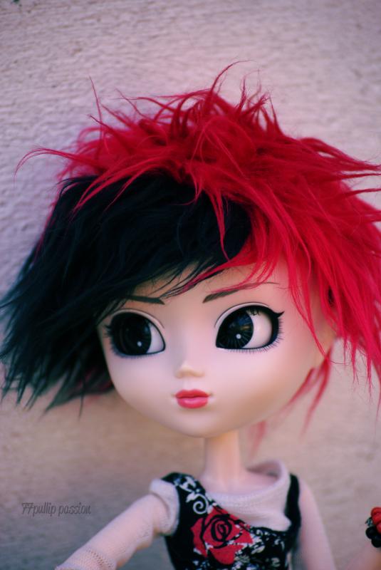 Karla et son nouveau look ~ ♥