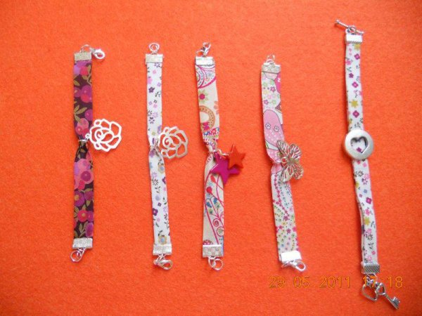 bracelet rubans