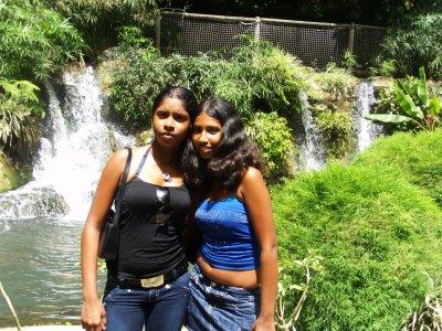 encore ma soeur et moiiii