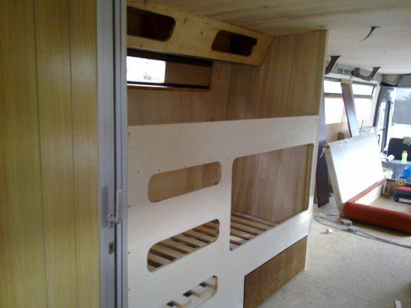 Fabriquer un lit superpose home design architecture for Construire un lit escamotable