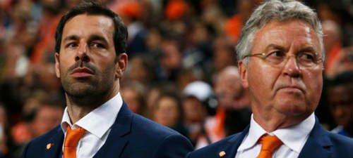 Van Nistelrooy Gabung PSV Musim Depan