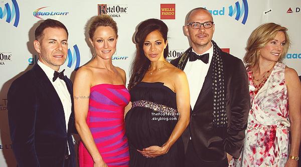- EVENTSherri, Teri et les producteurs de The Fosters étaient présents au GLAAD Media Awards 2014. Pendant la soirée, la série à étérécompenséepar deux awards, dont un honorant la productrice execu. -