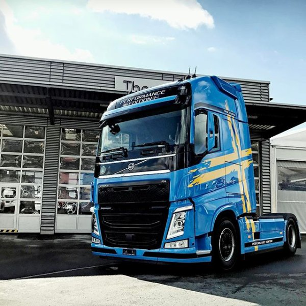 VOLVO FH4 PERFORMANCE EDITION