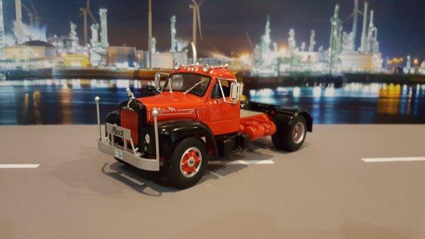 MACK B61 1953