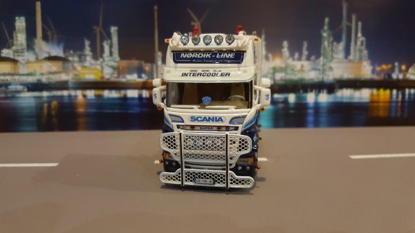 SCANIA R560 NORDIK LINE