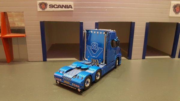 SCANIA S730T  VLASTUIN