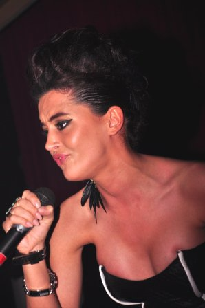 Dafina Zeqiri - ne Rinora 4 me 24.04.2011