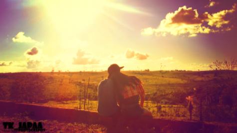 """""""Aimer une personne mais ne pas l'exprimer est comme emballer un cadeau sans l'offrir."""