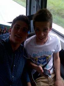 Avec le frère !