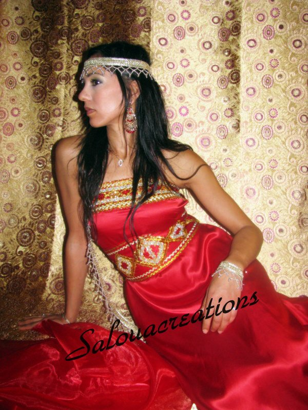 Robe kabyle rouge