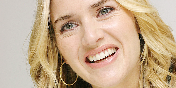 Bienvenue sur LadyKate, ta source d'actualité pour suivre Kate Winslet ! À travers divers articles tels que des vidéo, photoshoot, interview et plus suivez désormais le quotidien de la belle Kate W.