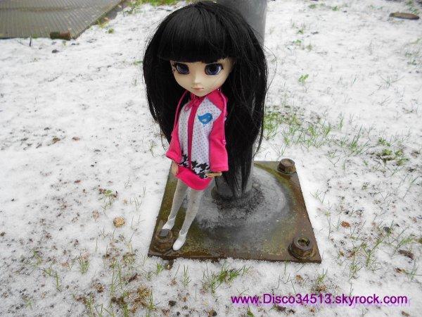 Violette dans la neige fondue ♥ (fin)