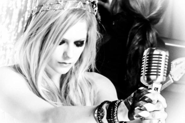Avril Lavigne, la base.