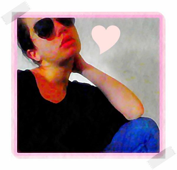 » Mαrchee Drσit Devαnt , Regαrde Devαnt Tσα , Acrσchee Tσα Au Present,Pren Tσn Cσurαge Ah Deux Mαin & Surtout Ne Te Retσurne Pα Pσur Te Rαcrσchei Au Pαsseii .. ♥
