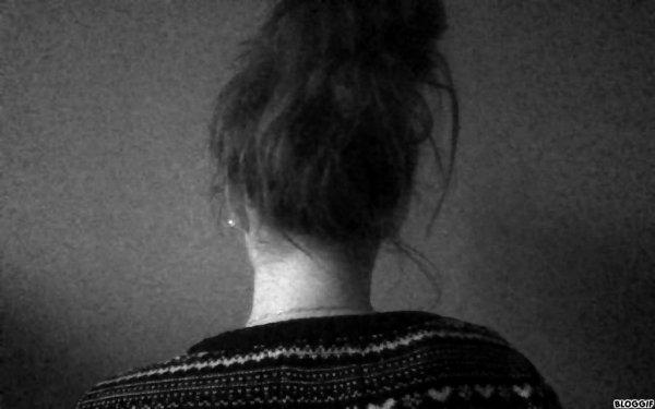 La vérité c'est que j'ai peur, tout le temps. Ça s'arrête jamais, c'est comme si une partie de mon coeur était paralysée de peur de souffrir.