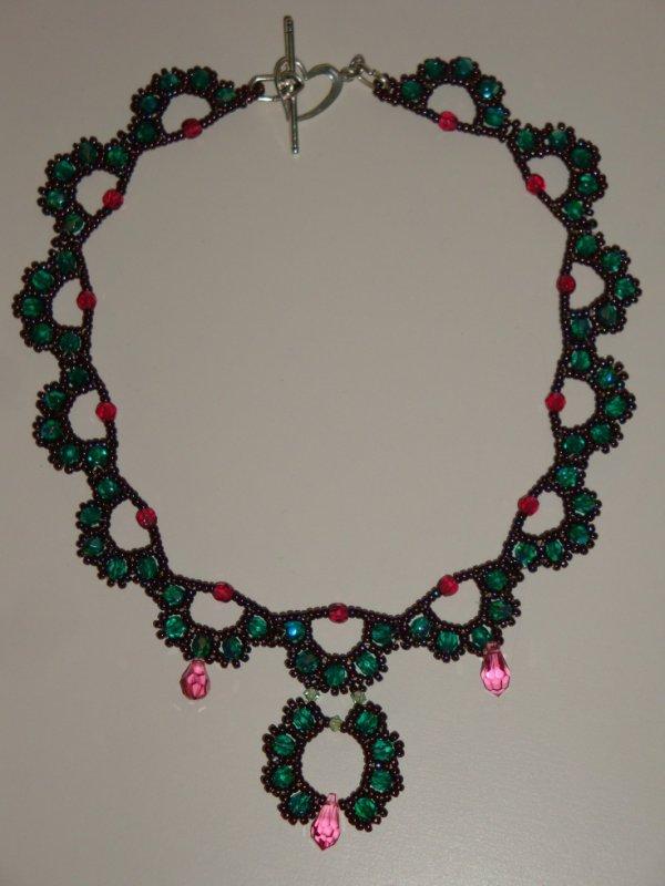 un collier de titine