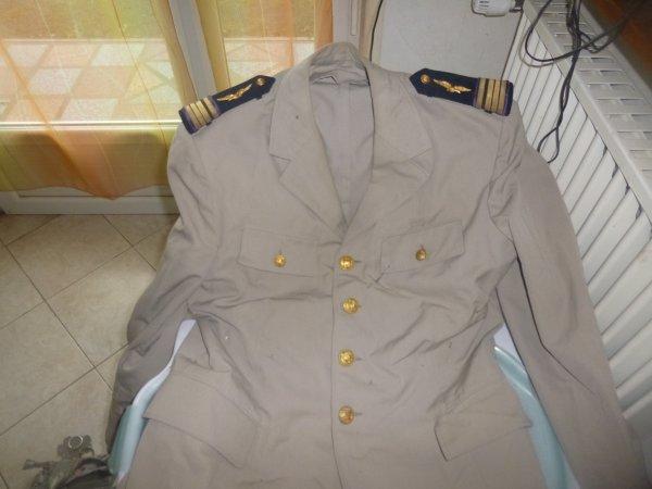 vue 2 veste de commandant dentiste armée de l air