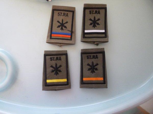 4 PASSANTS D épaule du 57 RA