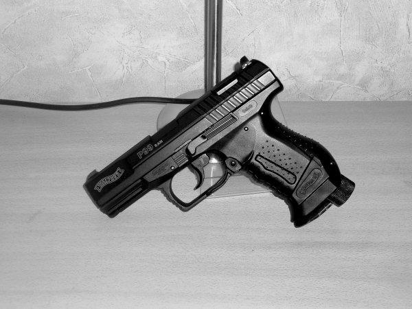 ''Walther P99 R.A.M de chez Umarex''.