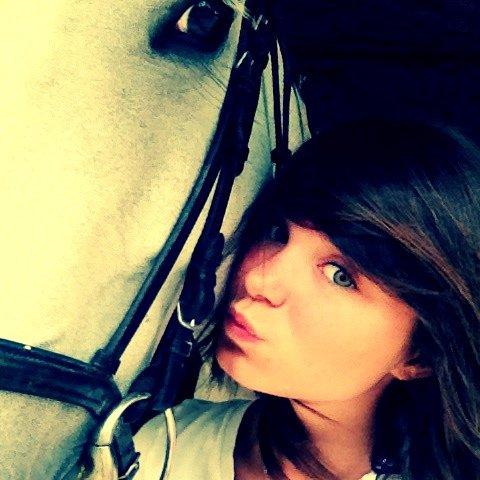 """"""" Avec les chevaux tu sais prendre des risques, essaye de faire la même chose avec les humains. """""""