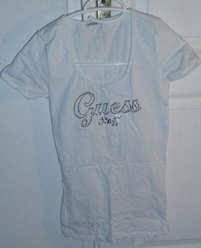 t shirt guess