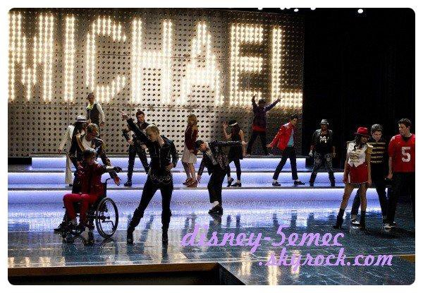 Glee rend hommage a Michael Jackson