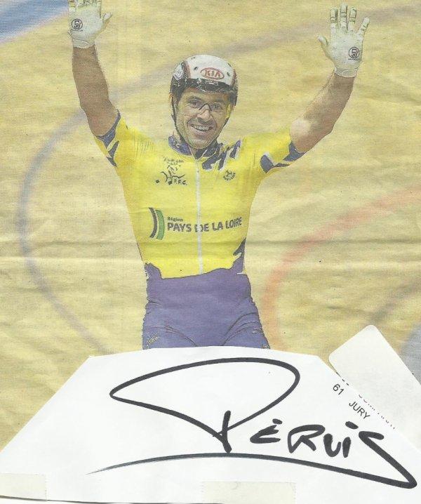 encore un spesialite  de la vitesse et surtout du  km  nombreuses medailles dans plusieurs diciplines dans tous les championnats   monde europe  france   et c'est francois pervis